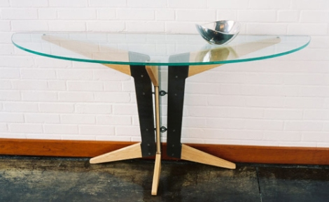 Coban-Consol-Table