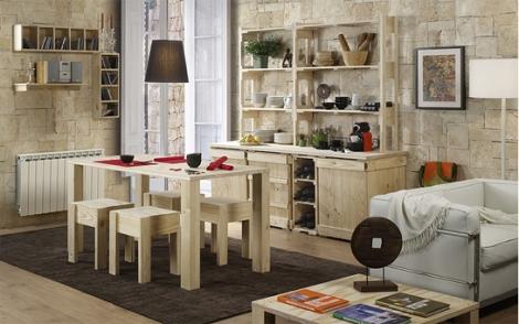 Salón elaborado con pallets de madera